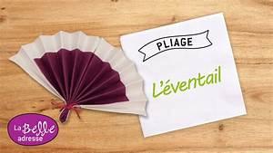 Pliage En Papier : pliage serviette papier eventail 2 couleurs table de cuisine ~ Melissatoandfro.com Idées de Décoration