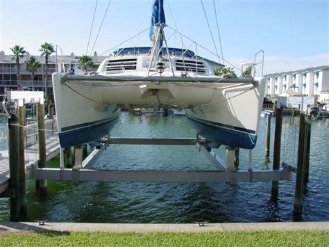 Hydraulic Boat Lift By Craftlander