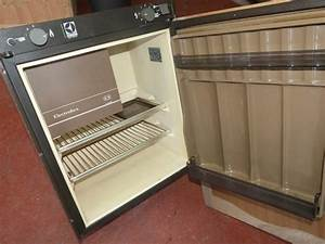 Caravan Motorhome Boat Electrolux Rm212 3 Way Fridge With
