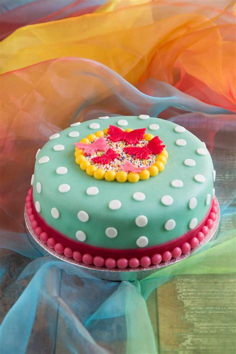 taart decoratie ideeen hoe decoreer ik een taart met fondant zoetrecepten