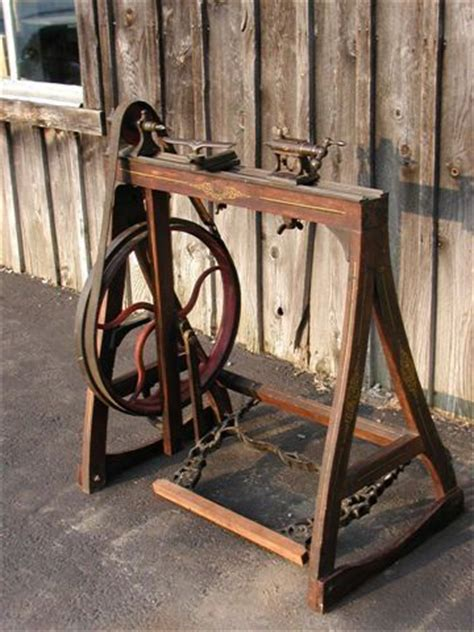 treadle lathe  easy   build projects