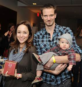 Autumn Reeser Is Pregnant With Second Son   HuffPost