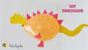 DIY Dino Balloons