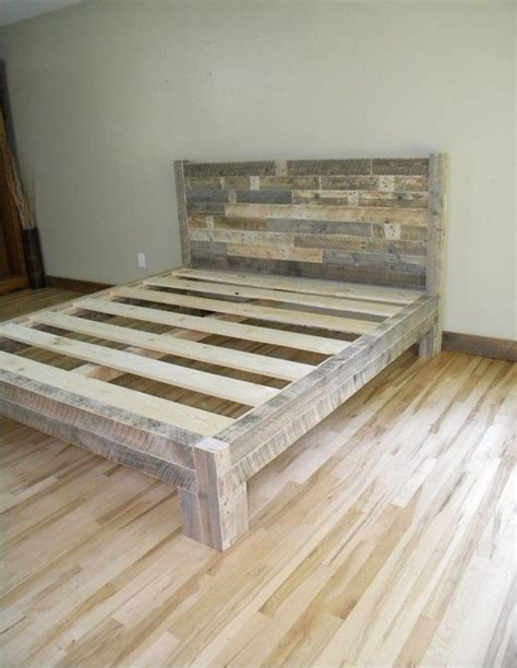 King Platform Bed With Tufted Headboard by Best 10 Bed Frame And Headboard Ideas On Pinterest Diy