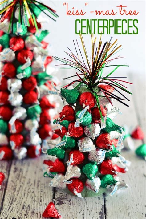 christmas tree centerpiece 34 creative christmas centerpieces diy joy