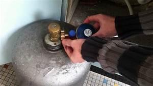 Comment Changer Une Chaudiere A Gaz : cuisiner avec du gaz comment changer sa bouteille de gaz ~ Premium-room.com Idées de Décoration