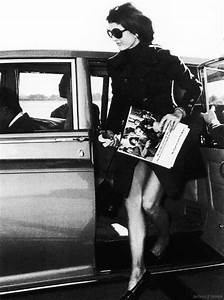 Sophie and Anna's Blog: Style Icon - Jacqueline Kennedy