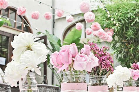 bridal shower flower ideas