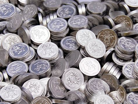 Silver 20p Chocolate Coins | Buy 20p Chocolate Coins Online