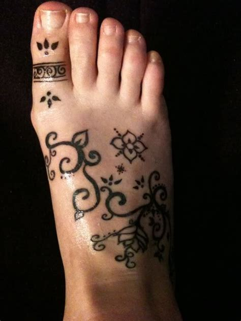 amazing foot tattoo design ideas   meanings