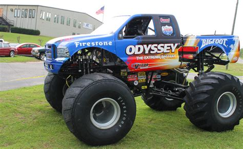 bigfoot monster truck driver true giant bigfoot visits area driver climbing the