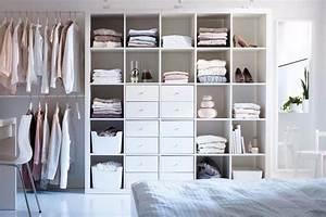 Ikea Kallax 4x4 : idea whole ikea kallax or expedit 4x4 with a 1 x 4 added at top for ali 39 s side of closet ~ Frokenaadalensverden.com Haus und Dekorationen