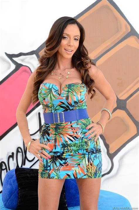 Busty Milf Ariella Ferrera Stripping Her Beautiful Dress