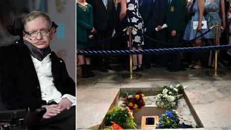 stephen hawking funeral professor buried  westminster