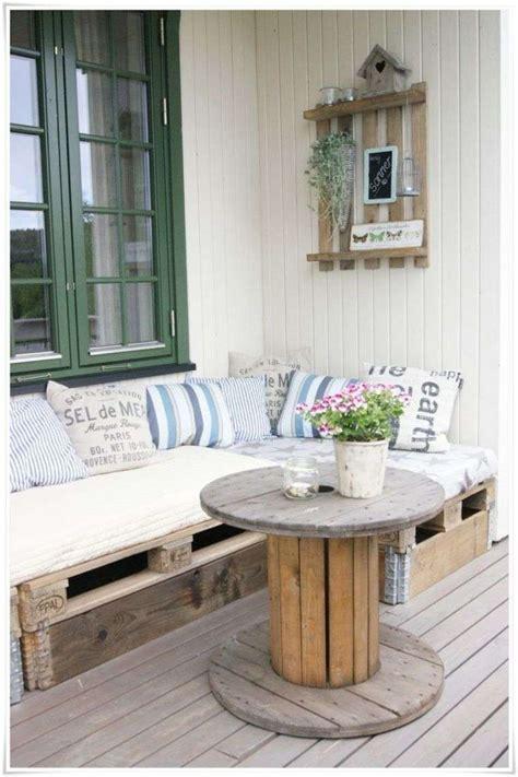 canape palette recup touret table basse et tabouret inspirations de déco récup 39