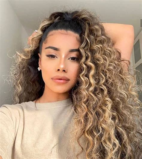 2020 Newest Hair Trends Ideas For Women Over 40 in 2020