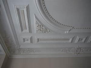 decoration murale en platre 10 faux plafond chambre With decoration murale en platre