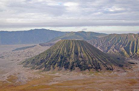 wisata gunung batok wisata   identik