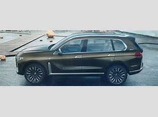 Does the 2018 BMW X7 have a third row?