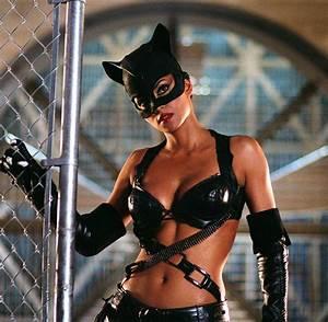 Batman: Catwoman und ihre sexy Darstellerinnen - Bilder ...