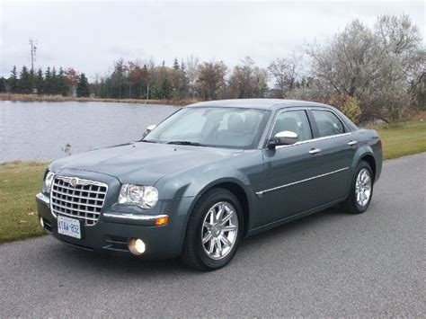 2008 Chrysler 300c by Canadian Auto Review 2008 Chrysler 300c Hemi Photos