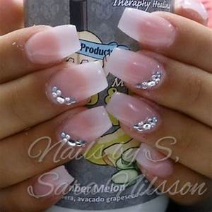 Natural Look Nails with some Stone | Nails | Pinterest ...