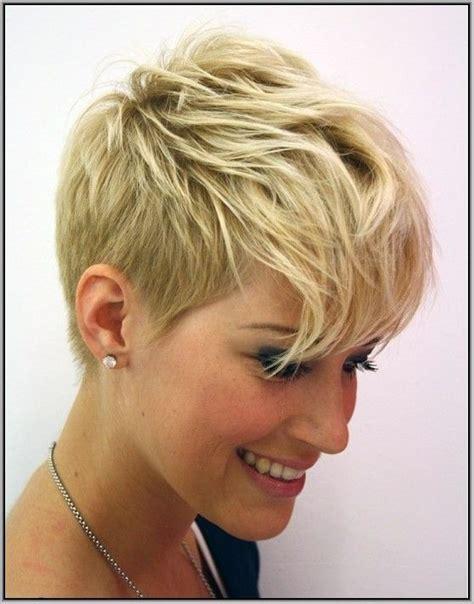 womens short haircuts  fine hairthe  short