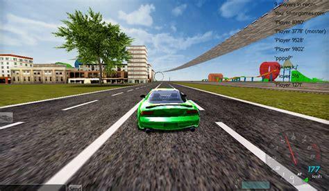 Crazy Multiplayer Stunt Racing Game