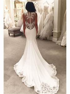4 TIPS TO MAKING A SIMPLE WEDDING DRESS ELEGANT AND CLASSY