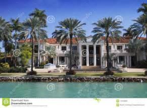 Miami Florida Luxury Mansions