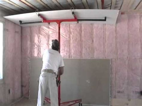 ceiling drywall install  lift  laurier desormeaux