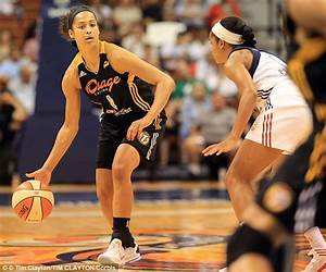Women's NBA star Skylar Diggins swaps the jersey for the ...
