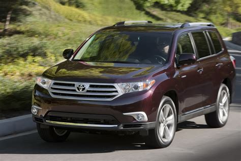 Price Of Toyota Highlander by 2011 Toyota Highlander Pricing