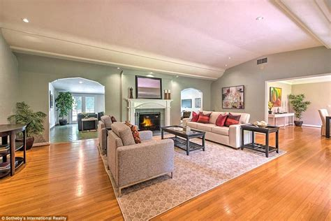 leonardo dicaprio lists studio city home for 2 4m daily