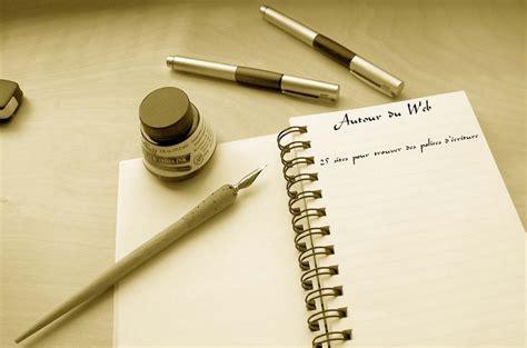 25 Sites Pour Trouver Des Polices D'écriture  Autour Du Web