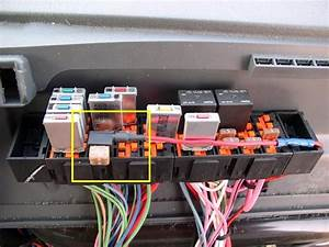 2012 Freightliner Cascadia Fuse Box Location