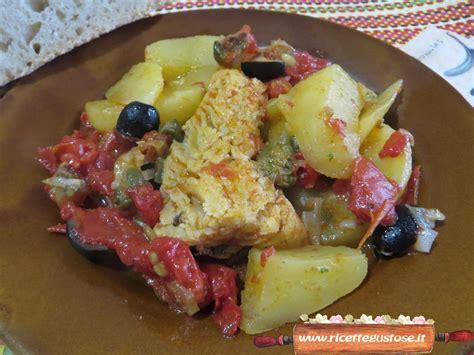 come cucinare il baccala con le patate baccala ricetta baccal 224 alla messinese olive nere e