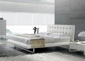Tall blade super king size bed italian super king size beds for Furniture and mattress warehouse king