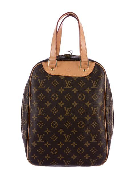 louis vuitton monogram excursion shoe bag handbags