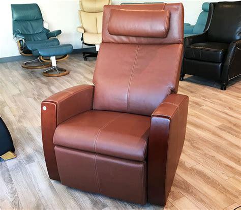 showroom human touch chair pcx 720 zero anti