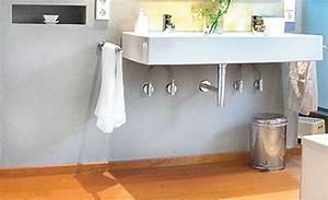 Holz Versiegeln Wasserdicht : hochwertige baustoffe holzboden im bad abdichten ~ Lizthompson.info Haus und Dekorationen