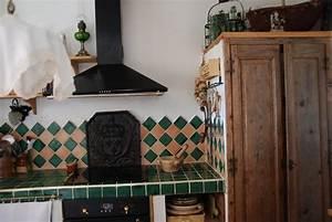 Plaque De Cheminée En Fonte Le Bon Coin : fleurs de lys sur une plaque de chemin e le ~ Farleysfitness.com Idées de Décoration