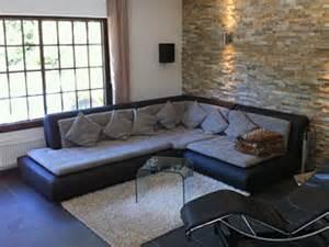 wandgestaltung mit steintapete wandgestaltung wohnzimmer steintapete