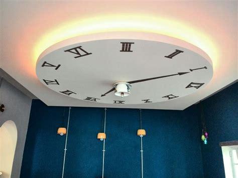 foto falso plafon de tablaroca  diseno de  reloj de