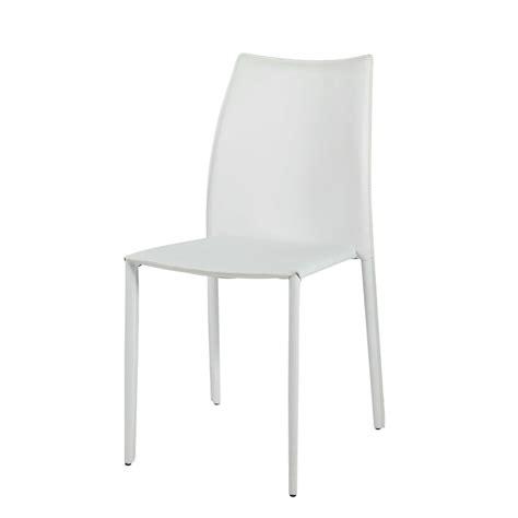 autour d un canapé chaise en cuir recyclé et bois blanche klint maisons du