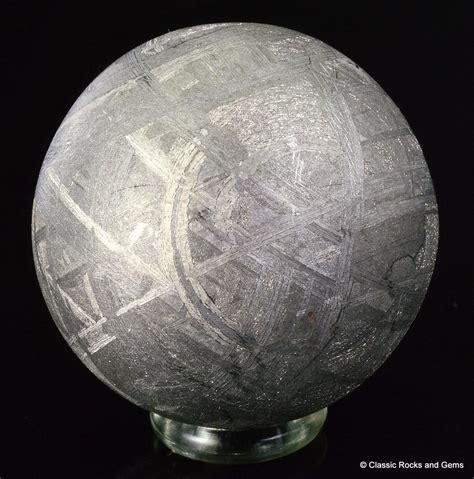 muonionalusta iron meteorite sphere widmanst 228 tten 27 mm