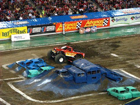 monster truck show south florida monster jam raymond james stadium ta fl 113