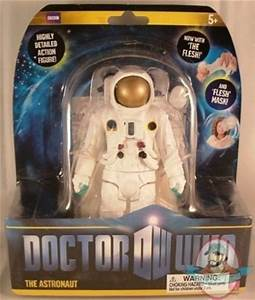 Doctor Who 11th Doctor 5 inch The Astronaut Figure by ...