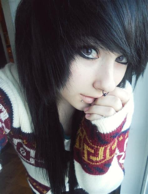 Girls Long Emo Hairstyle Styles Weekly