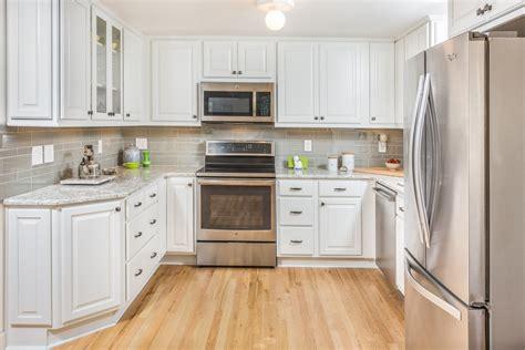 kitchen design      shaped kitchen design